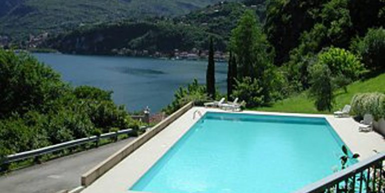 4 swimming_pool_from_terrace