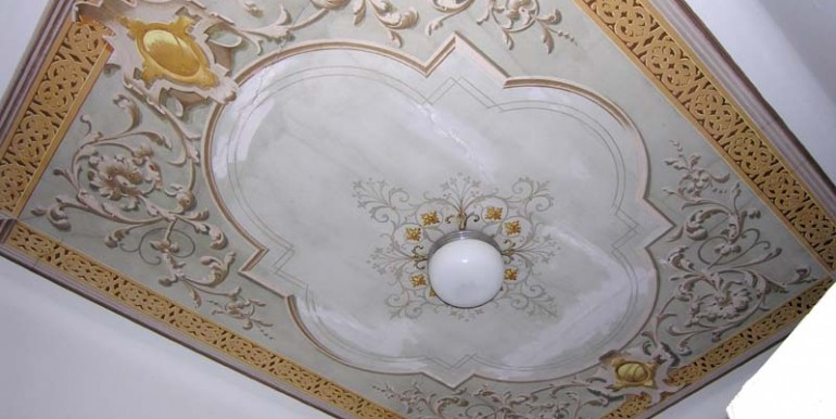 5_decorated_ceiling_bis