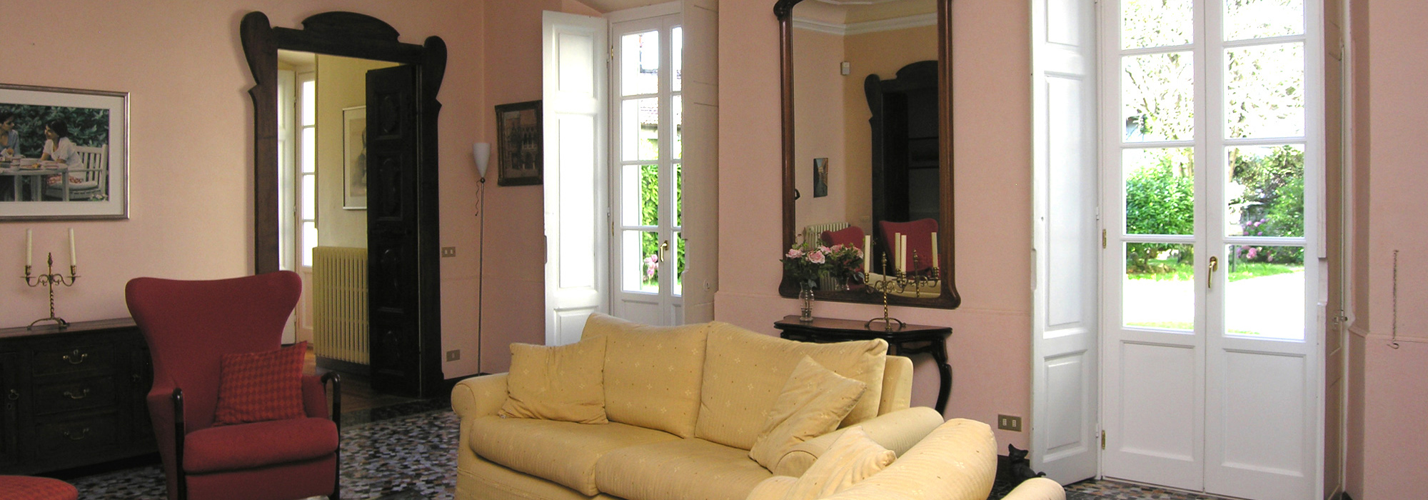 Exklusive Wohnung in historischer Villa in Menaggio