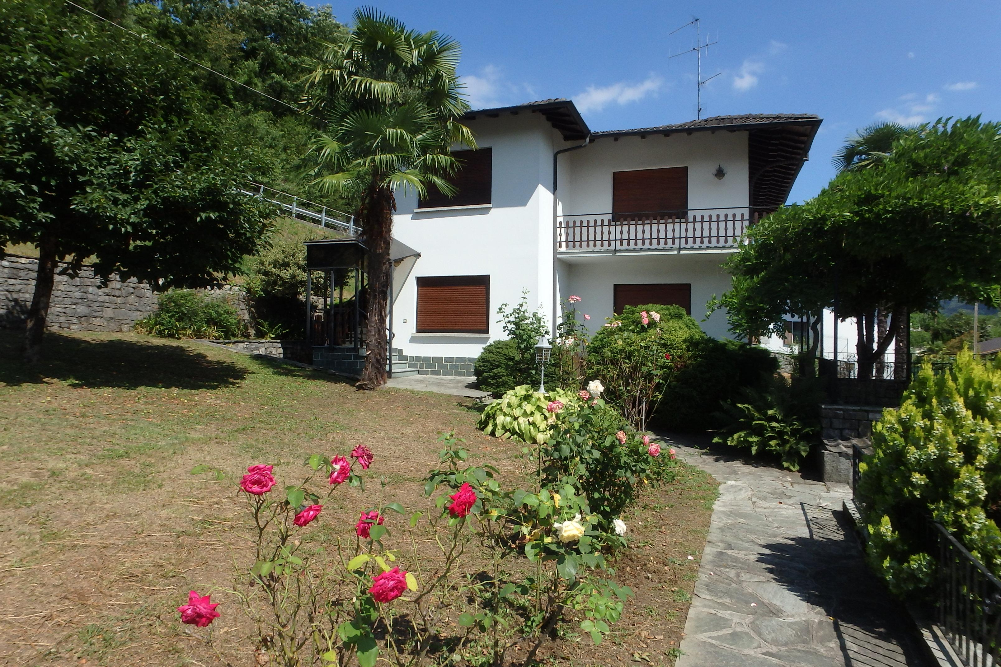 Casa indipendente a Carlazzo